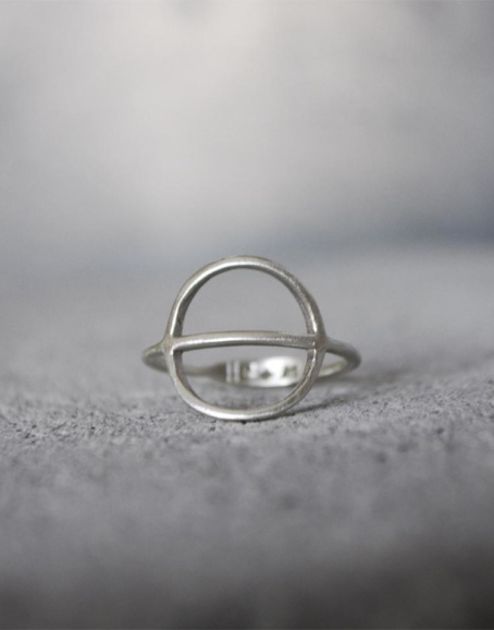 Wild & Arrow - Tyyni Ring, Silver
